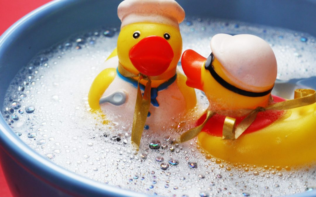 How to Clean Bath Toys – 5 Genius Hacks to Make it Easy