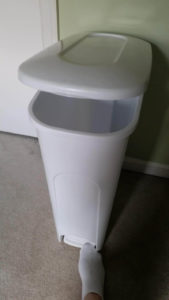 Learn the 5 best diaper pail deodorizer hacks to banish the stink for good. Safe to use around your kids and effective! Useful for both cloth diapers and disposables. Great alternative to expensive diaper genies that don't work. Baking soda and essential oils are some of my favorites. Click to get stink free today! A trash can with a lid helps contain smells